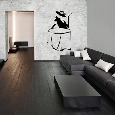 szablon do malowania ścian salonu w stylu francuskim