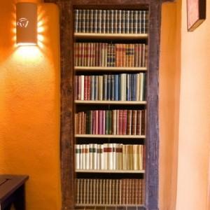 naklejka na drzwi ksiązki