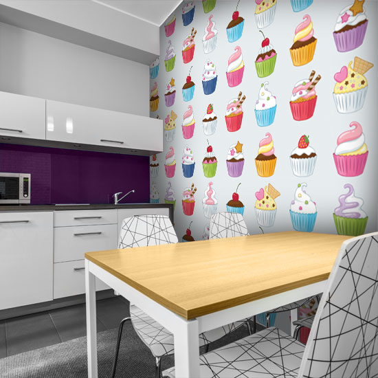 Czym wykończyć ścianę w kuchni przy stole wybierz plakat, tapetę, okleinę lub obraz