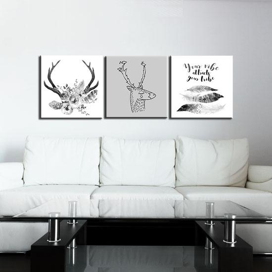 Jak dobrać obraz do salonu – prace polskich twórców wydrukowane na płótnie to doskonała propozycja dekoratorska