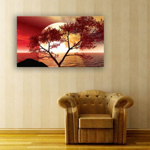 salon z czerwonymi motywami wody i drzewa