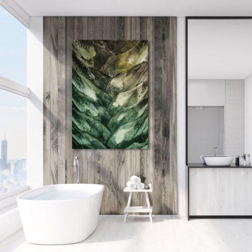 łazienkowa dekoracja z palmą