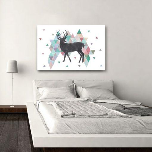sypialniany obraz z jeleniem