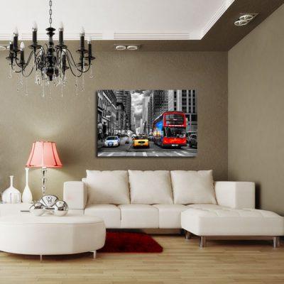 obraz z taxi, autobusem i furgonetką