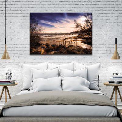 obraz mola i morza w sypialni