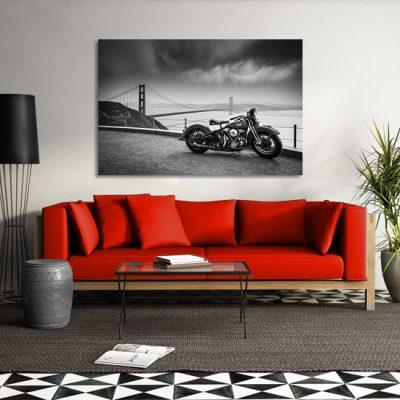 most i motor na ścianie