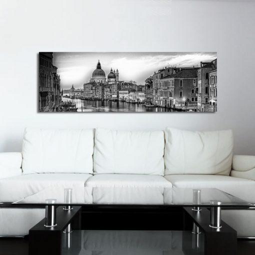 biało-czarne barwy Wenecji