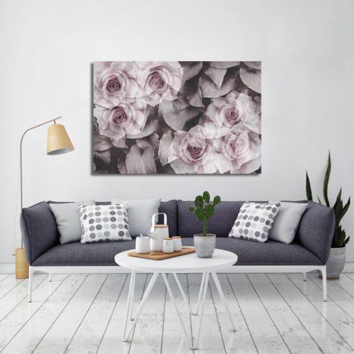 kwiaty różowe w pokoju