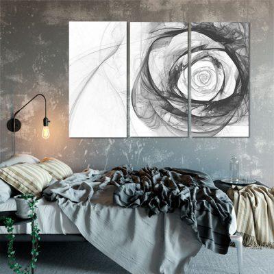 czarna róża i białe tło tryptyku