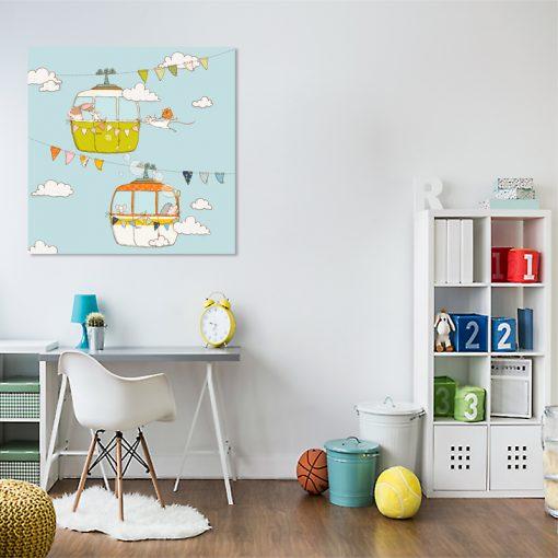 kwadratowy plakat w pokoju dziecięcym