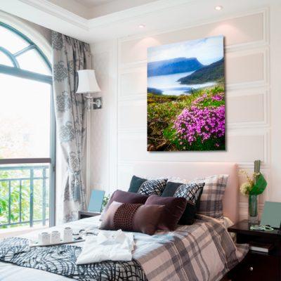 różowe kwiatki na obrazie