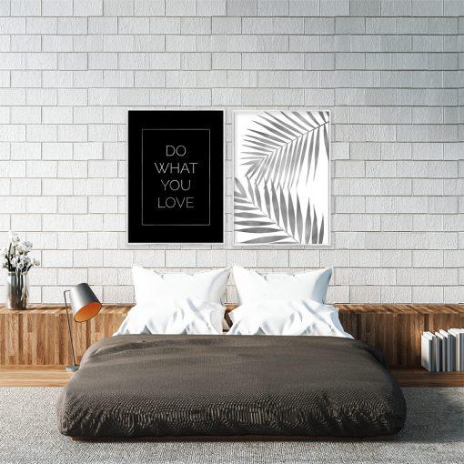 srebrny plakat z tropikalnym wzorem do sypialni
