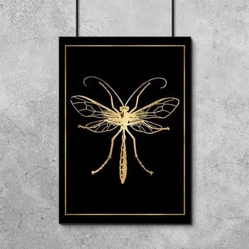owad na złotym plakacie