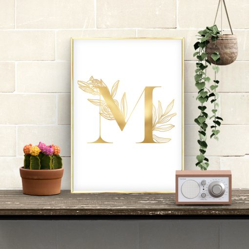 plakat jak złoto z motywem litery