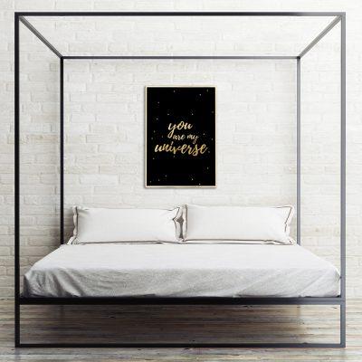 czarno-złoty plakat i napis