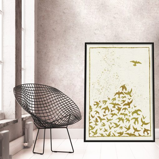 pionowy plakat z lecącymi ptakami
