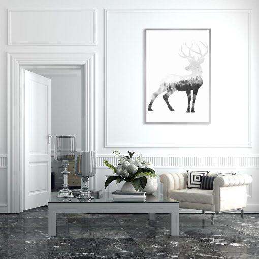 plakat z czarno-białym jeleniem
