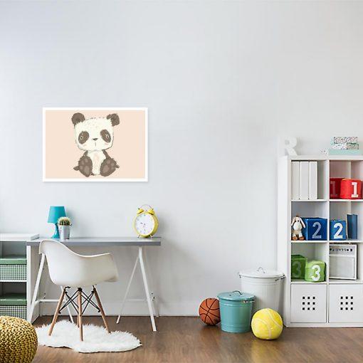 Różowy plakat z pandą