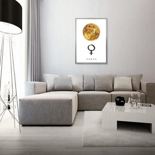 Plakat z żółtą planetą
