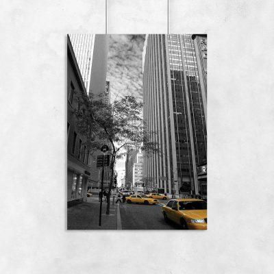 Plakat z żółtymi taksówkami