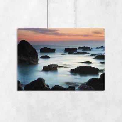 Plakat z morzem i zachodem słońca