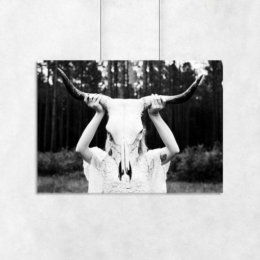 Plakat z motywem czaszki byka