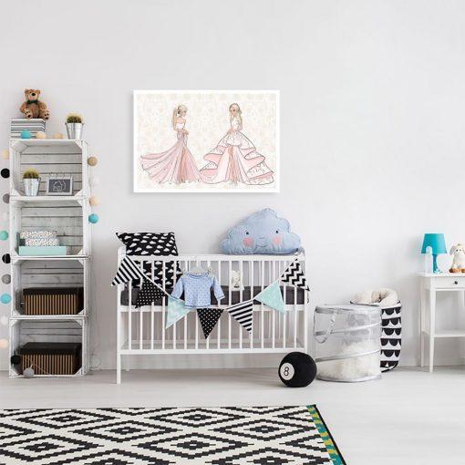 Plakat dwie lalki w sukniach