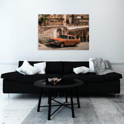 Obraz ze starym samochodem