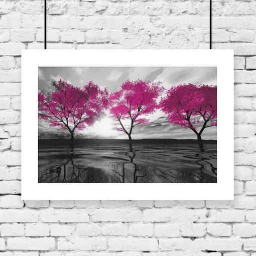 drzewa różowe odbite w tafli wody na plakacie