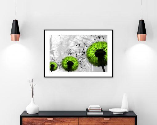 zielone dmuchawce na plakacie