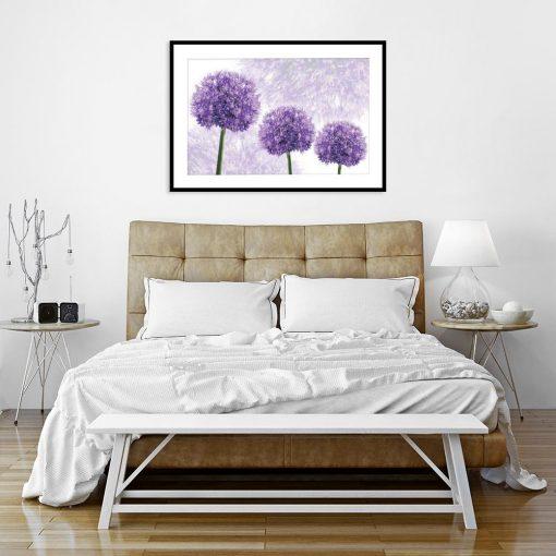 fioletowy plakat z roślinami