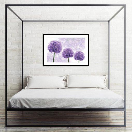 motyw kwiatów na plakacie do sypialni
