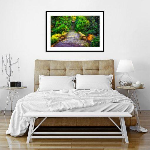 plakat z motywem schodów i roślin