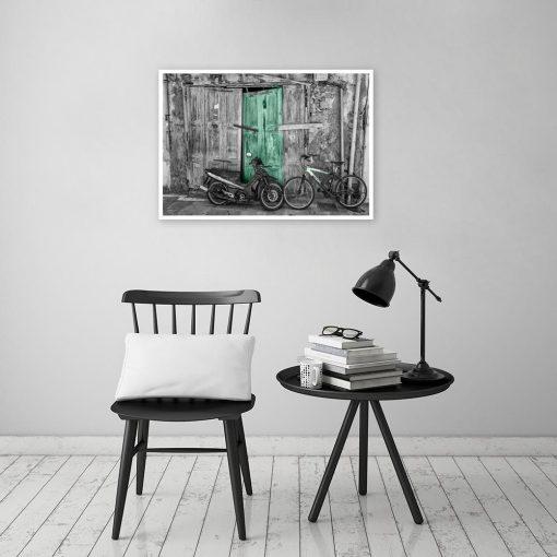 czarno-biały plakat z motywem motoryzacji