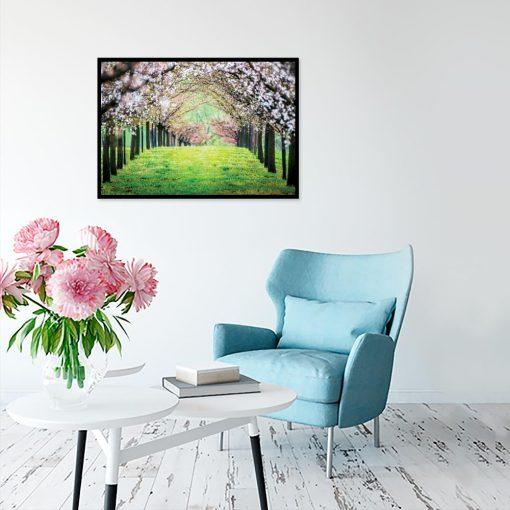 plakat drzewa na trawie