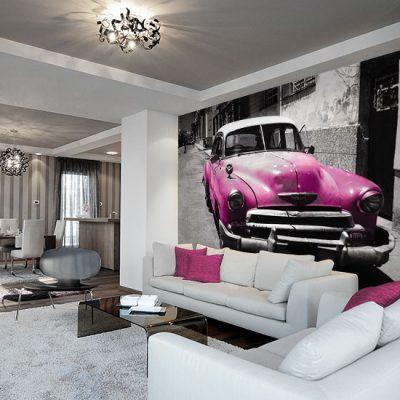 fototapeta z różowym samochodem na kubie