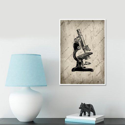 plakat w starym stylu z mikroskopem na ścianę
