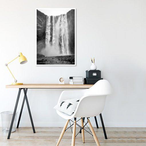 plakat z motywem wodospadu do salonu