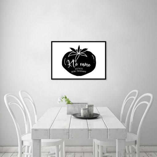 plakat przedstawiający napis na tle pomidora do kuchni
