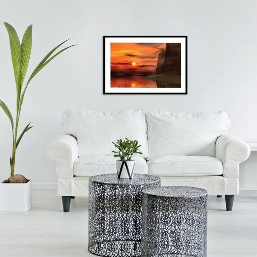 plakat pomarańczowy z motywem słońca i gór