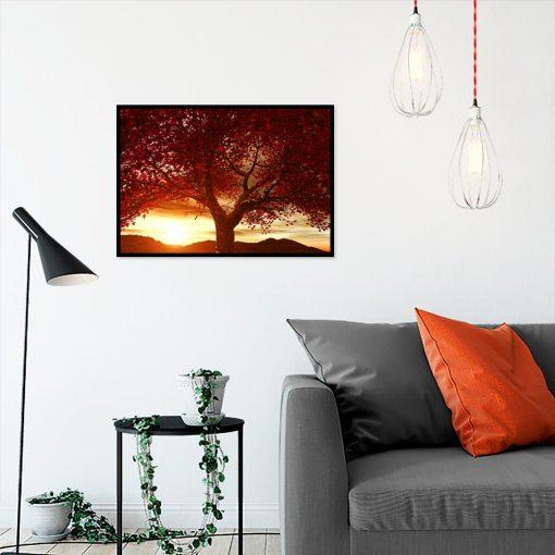 plakat czerwone drzewo