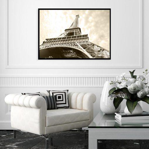 kremowy plakat z wieżą eiffla