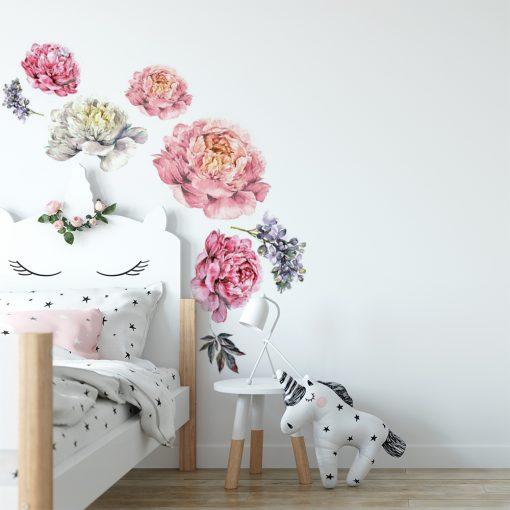 naklejka na ścianę pokoju dziecka z kwiatami