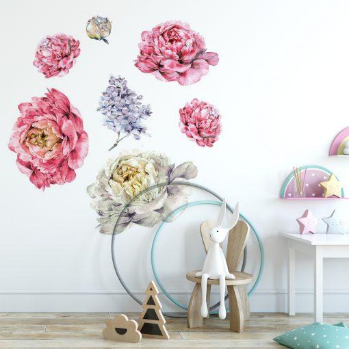 naklejka na ścianę pokoju dziecka z kolorowymi kwiatami