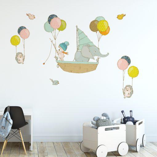 naklejka ze słonikiem w łódce do pokoju dziecka