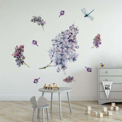 naklejka do pokoju dziecka z fioletowymi kwiatami