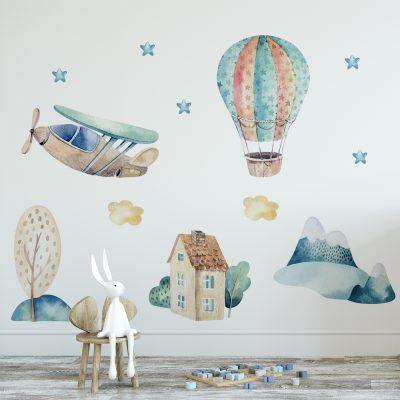 naklejka na ścianę pokoju dziecka z balonem i samolotem