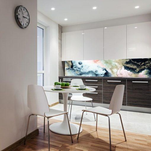 tapeta na ścianę do kuchni z motywem kolorowych wzorów