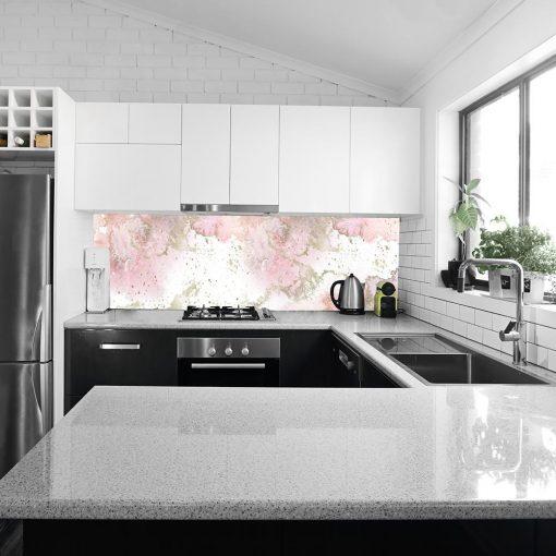 tapeta kuchenna z różowym wzorem