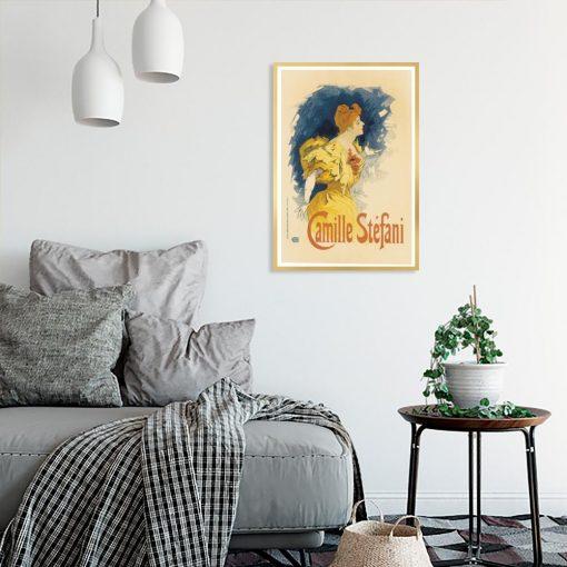 plakat z kobietą w żółtej sukni